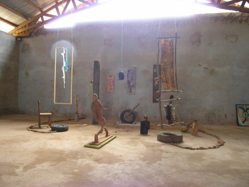 Feroméo Mguimebou - installation