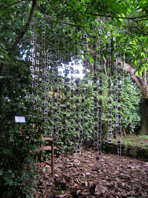 Ruth Feukoua - Installation